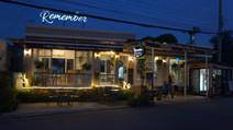 Coffee shop Khao Tao.JPG