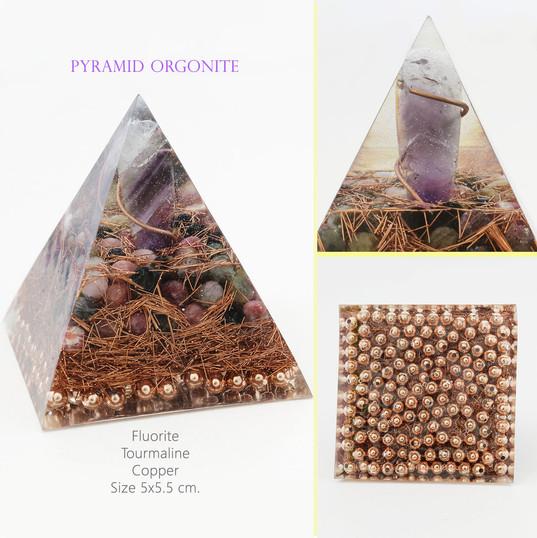 pyramid orgonite tourmaline1.jpg