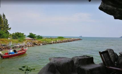 Khao Tao fisherman village 2.jpg