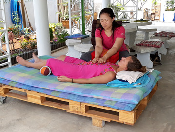 Reiki student at hypnok center