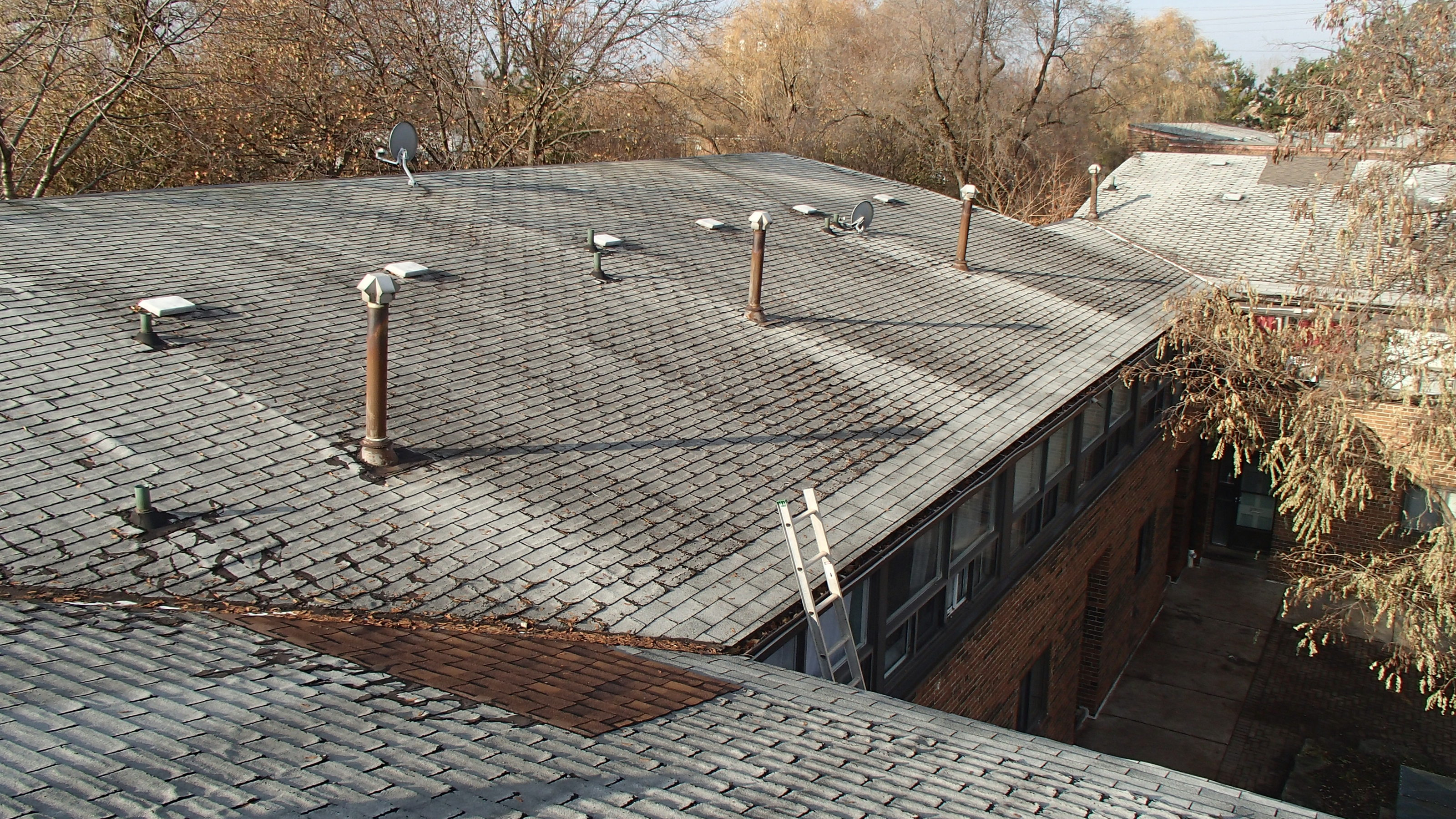 30-36 Tobermory - Toronto Roof Evaluatio