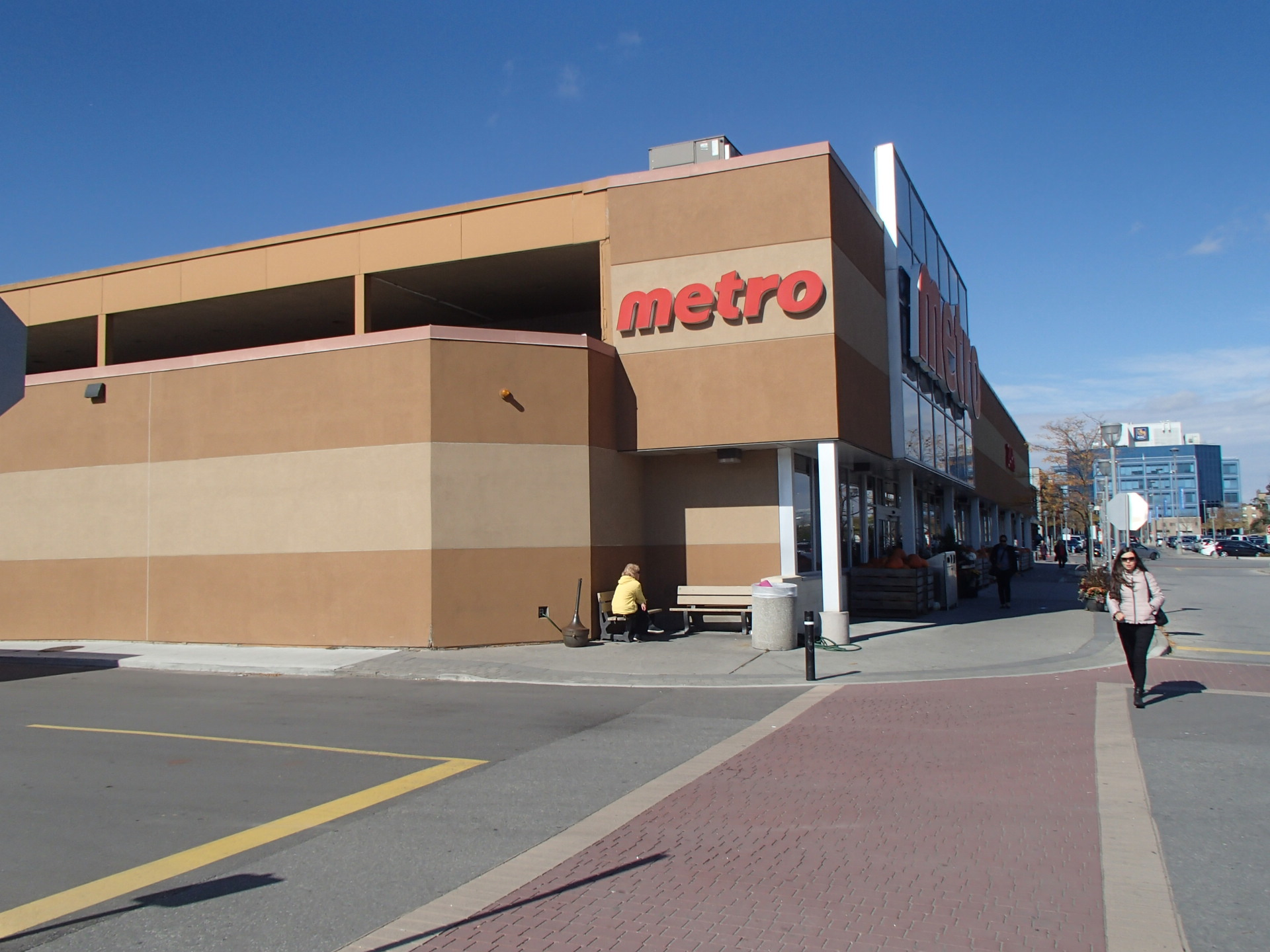 1050 Don Mills - Toronto Metro Roof Repl