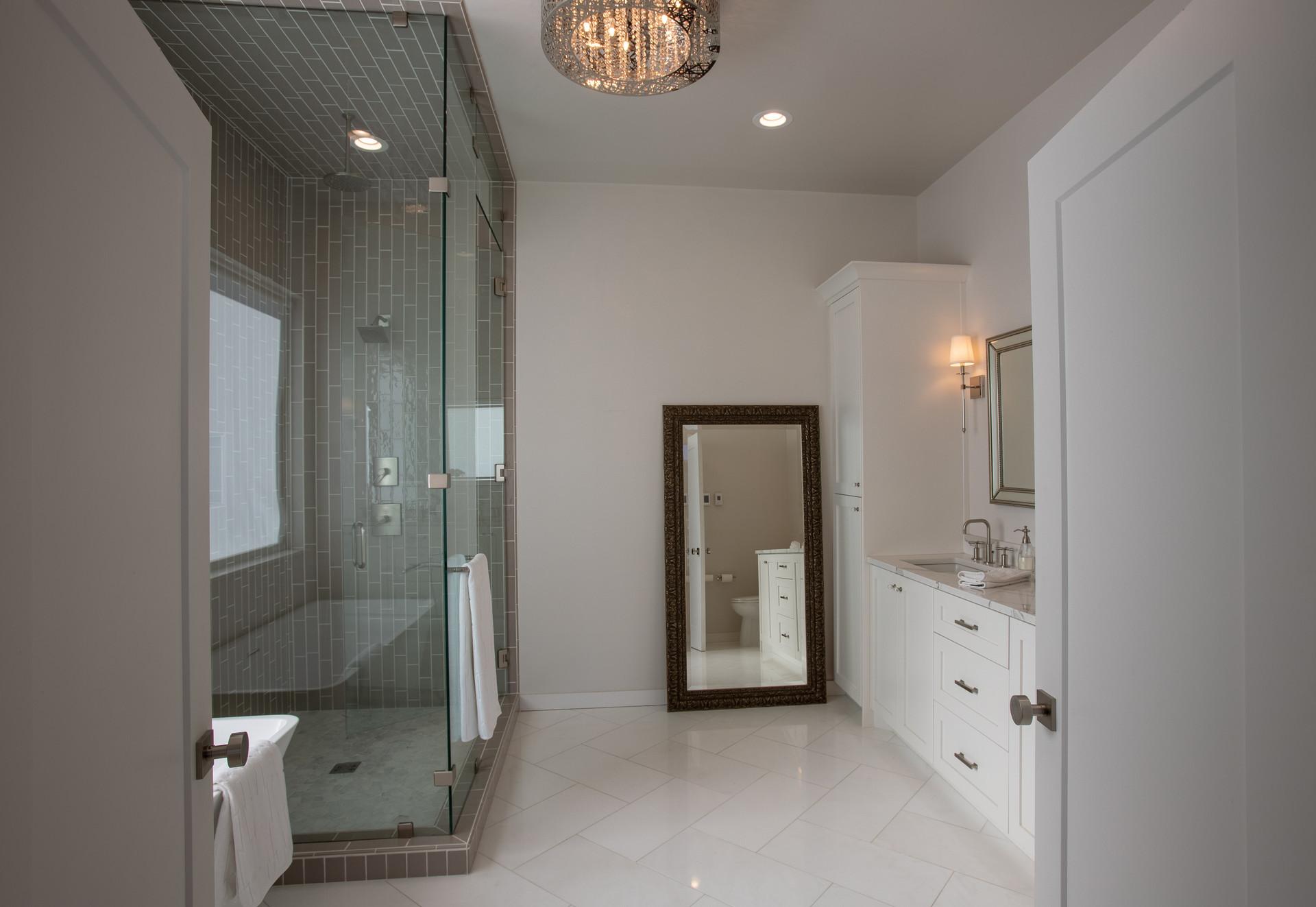Mountain Modern Bathroom