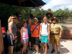 ANIMAL KINGDOM RESORT