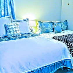 #FREE HOMESTAY for groups of 4 to 8 students, or single students in a shared deluxe room with single