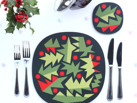 Set your Christmas table merry and bright 🎄