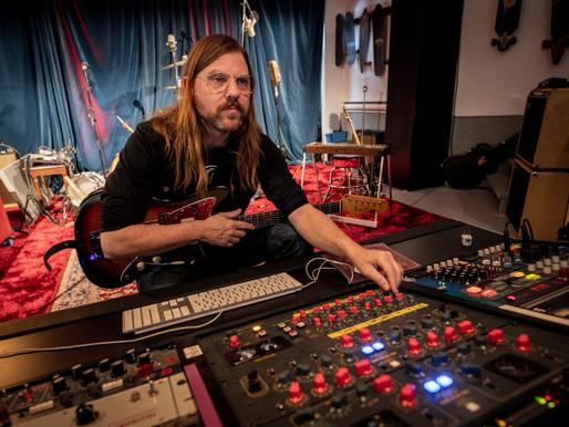 Steve Hill annonce l'ouverture de son studio d'enregistrement avec un spectacle virtuel gratuit