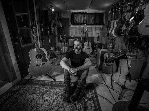 Combien de miracles, premier extrait d'un album à venir cet automne pour Steve Veilleux