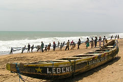 tourisme-mer-pirogue-pêcheur-togo.jpg.JP