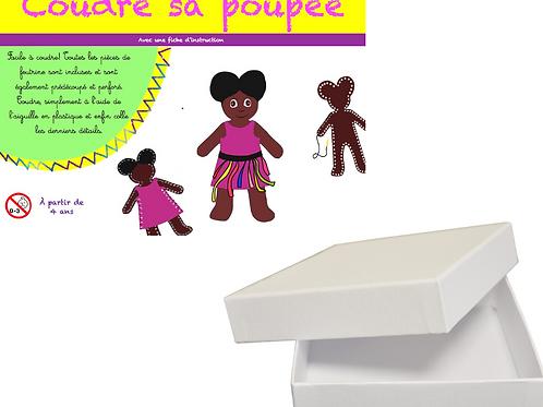 """Poupée """"petite fille multicolore"""""""