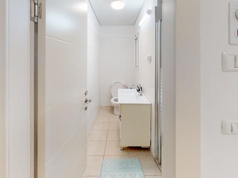 One-bedroom-Huri-20-Bathroom.jpg