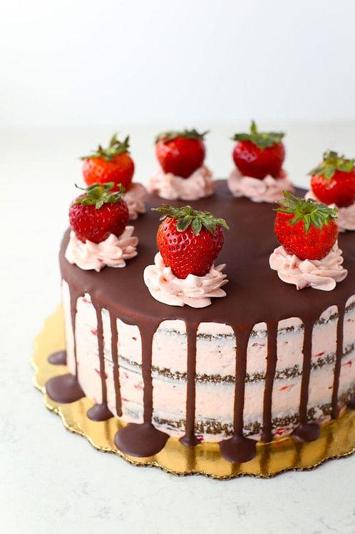 Chocolate Strawberry Cake (Rs 1700/kg, Minimum Order - 1 Kg)