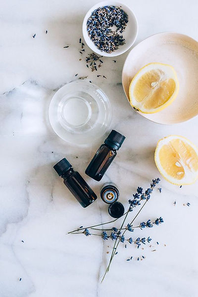 Amber Glass Essential Oils - Carrier Oil, Lavender & Lemon