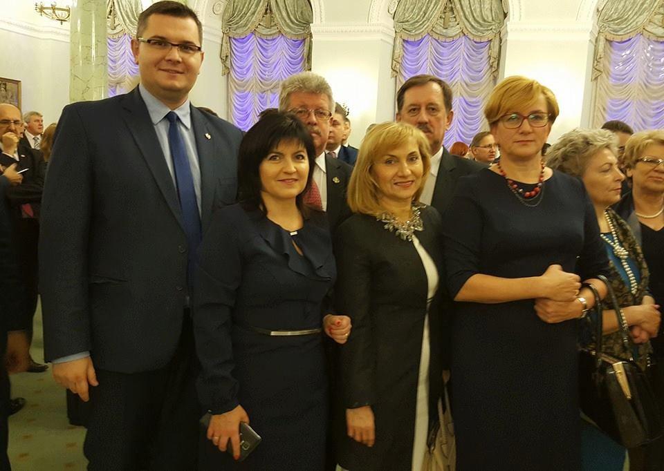 W_Pałacu_Prezydenckim_na_spotkaniu_z_Prezydentem.jpg