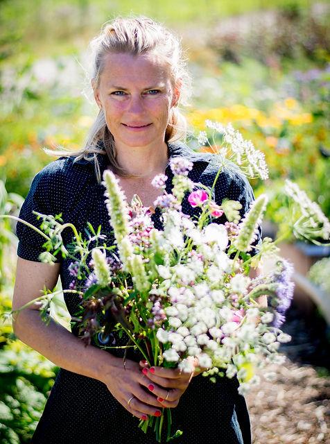 Rikke Lentz dyrker økologiske snitblomster på Mangholm