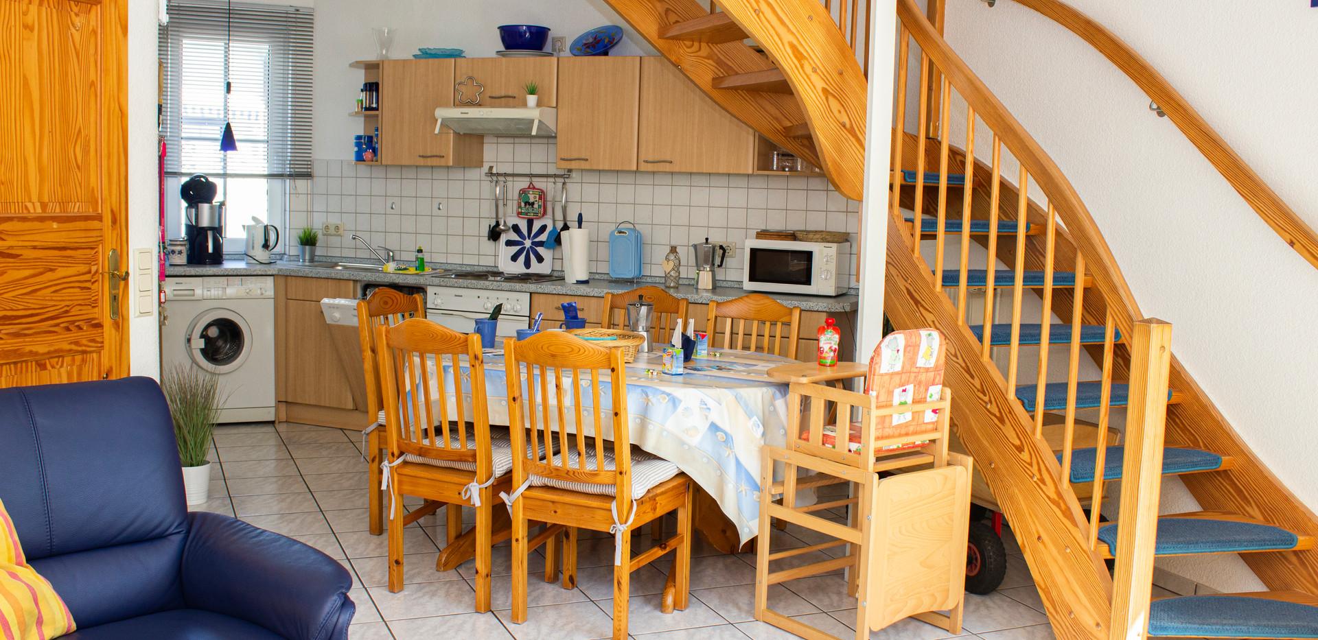 Wohn-/Essbereich & Küche - unten