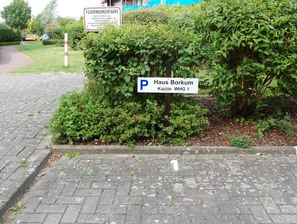zugehöriger Parkplatz