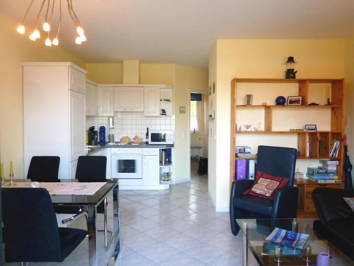 Wohn-/Essbereich + Küche