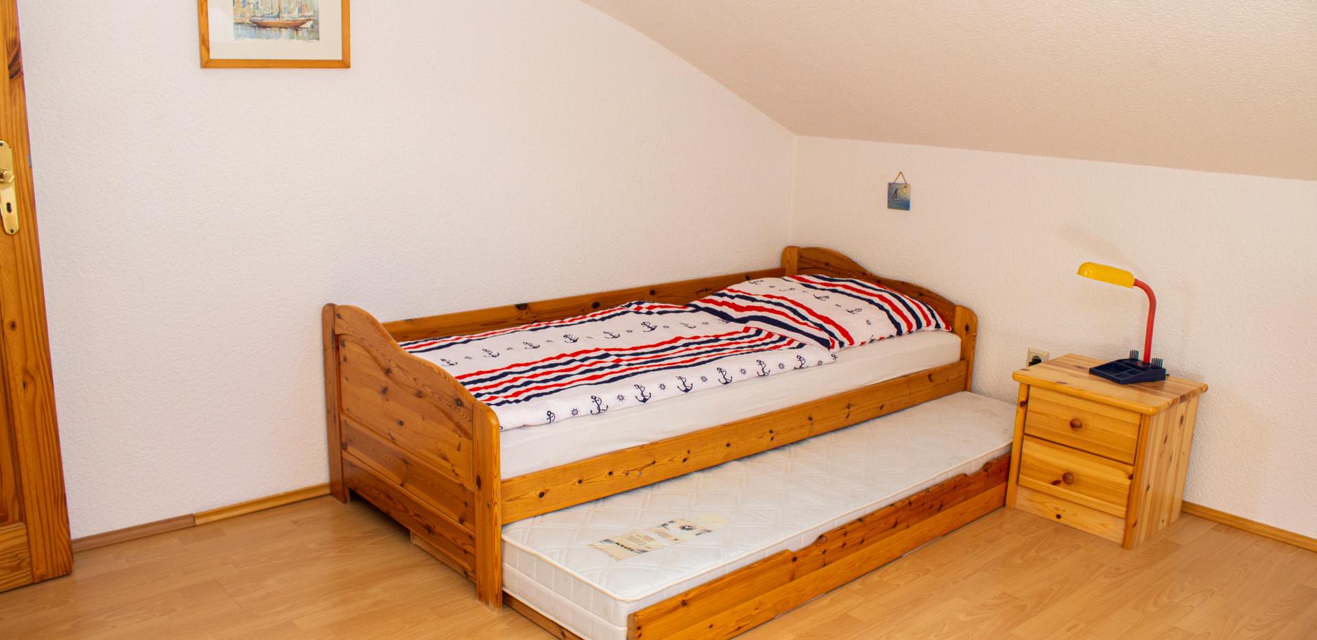 Schlafzimmer 2 von 3 - oben