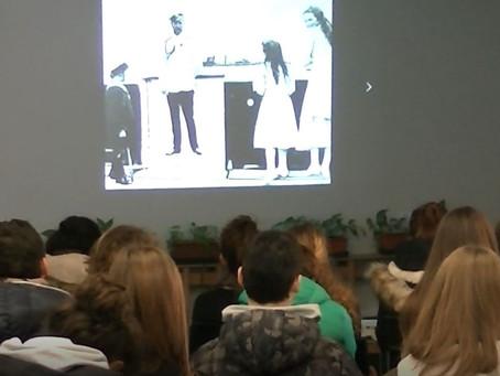 """Foto-proiezione commentata """"I Bolscevichi al potere"""" con gli studenti del Liceo Classico G. Carducci"""