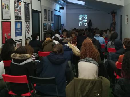 """Foto-proiezione commentata """"I Bolscevichi al potere"""" con gli studenti del Liceo P. Frisi di Milano"""