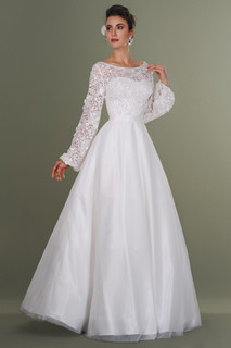 Princess Hand Embroidered Lace Wedding Dress
