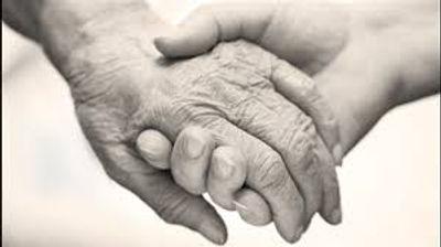 soutien main dans la main entraide