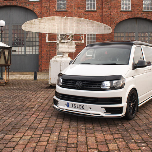 VW-white-wide-strip7.jpg