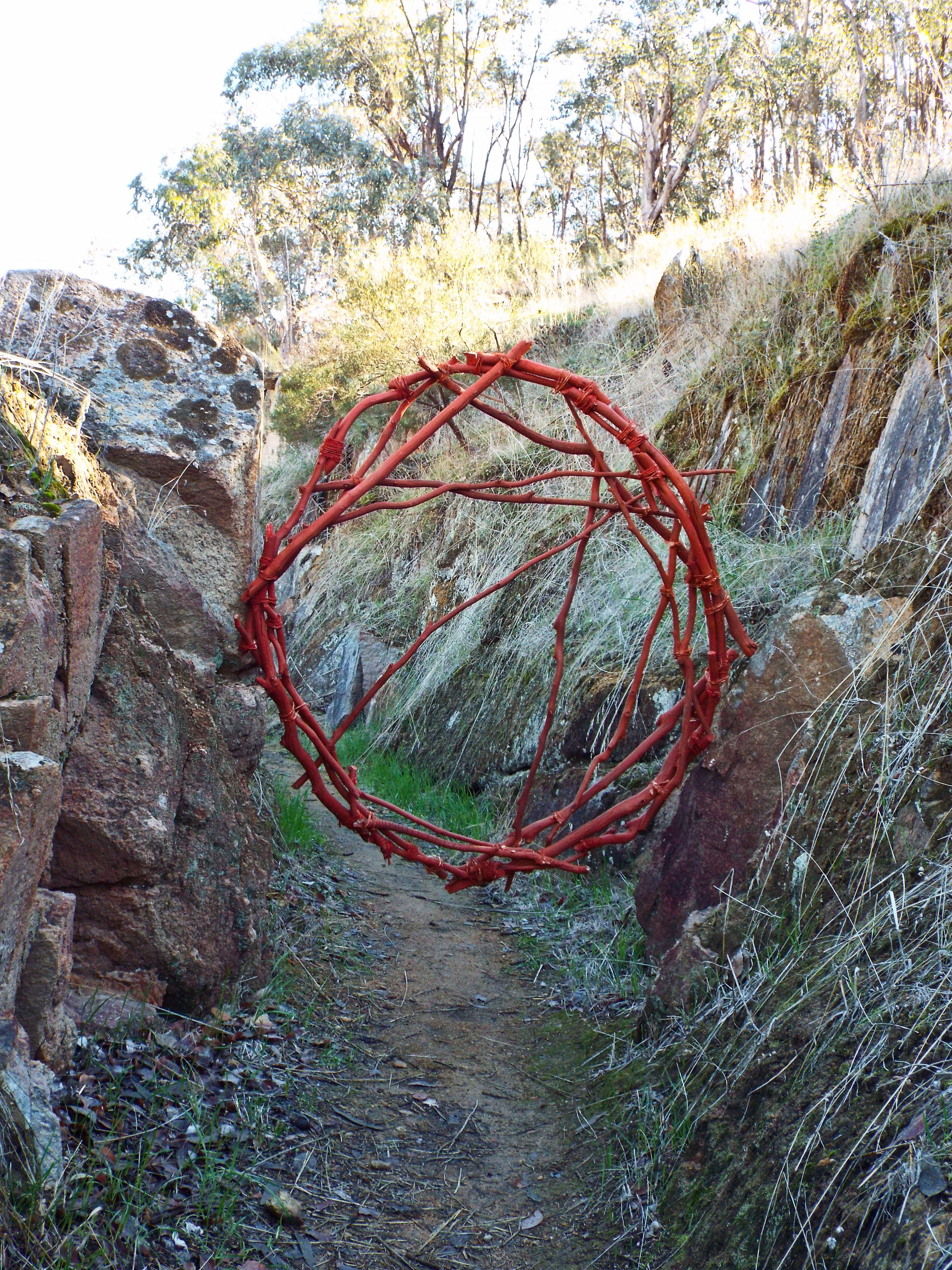 Red Circle 16