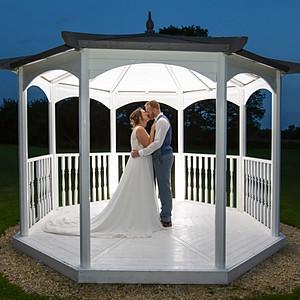 Mr & Mrs Poyner
