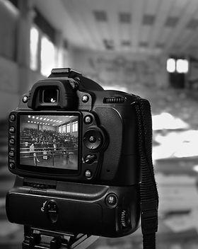 Montage Noir et blanc Nikon Backstage  art fantome création