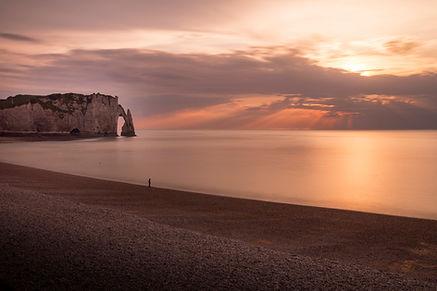 plage étretat landscape paysage sunshine soleil couchant vacances normandie orange art tekprod voyages emmanuel tecles