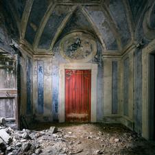 WALL RED DOOR