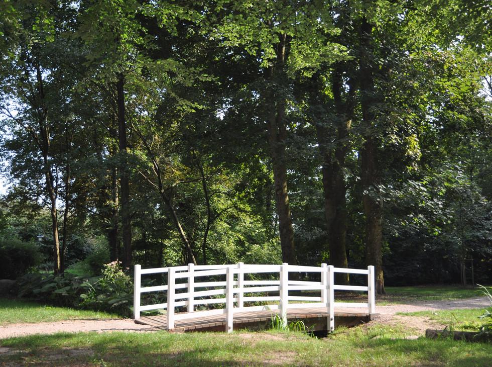 Holzbrücke_Hohenzollernpark_Schenefeld.J