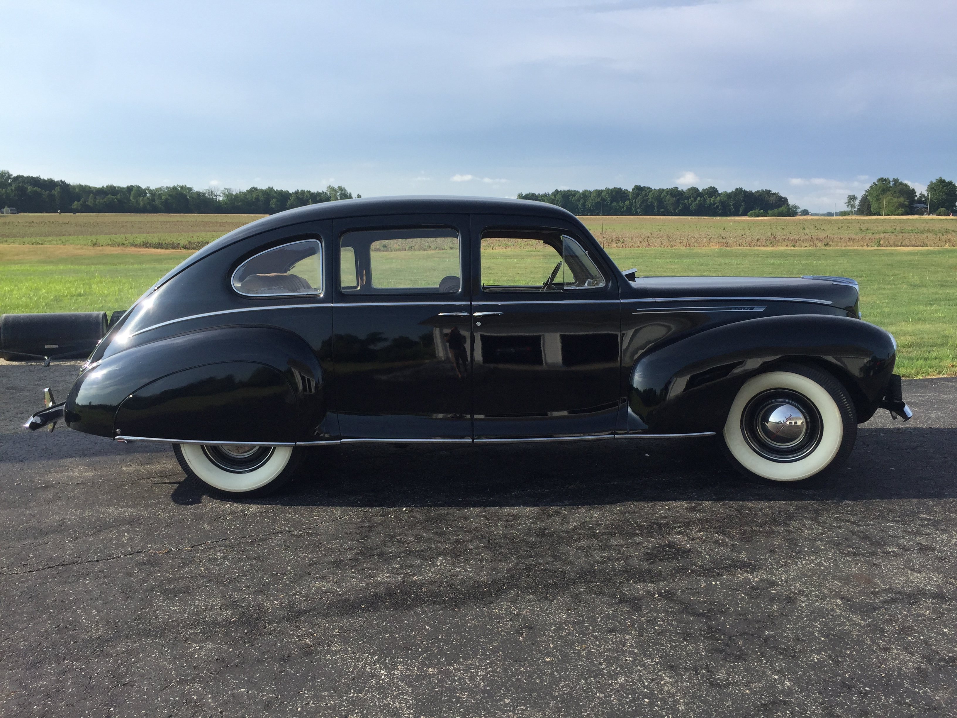 1940 Lincoln-Zephyr Sedan