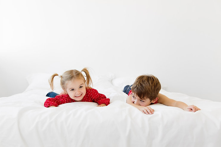 How-to-photograph-your-kids-jumping-on-t