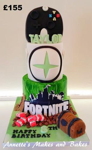 Fortnite and xbox cake.jpg