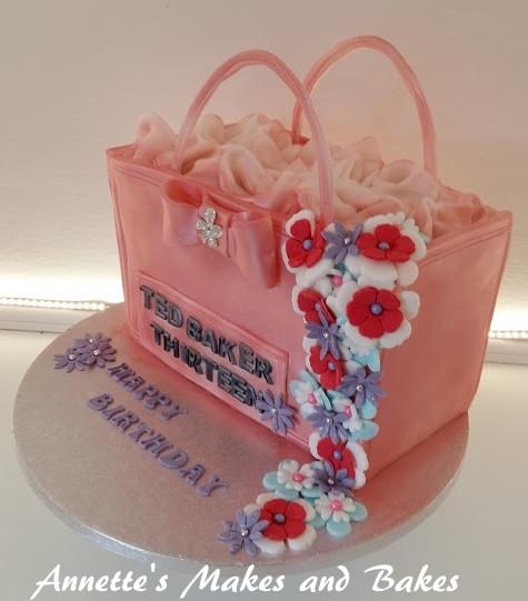 3D ted baker handbag cake 2.jpg