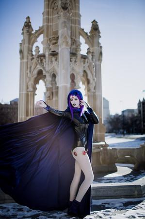 Epic Raven Cosplay
