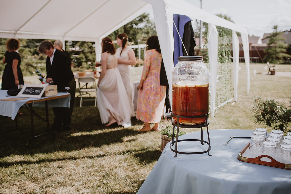 Homemade iced tea served at micro-wedding.