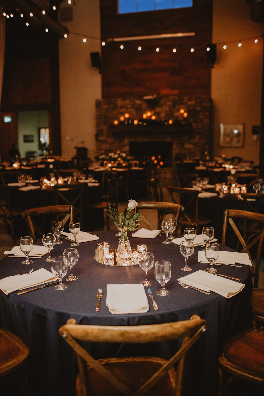 Canadian winter wedding reception at Hawthorne Estates