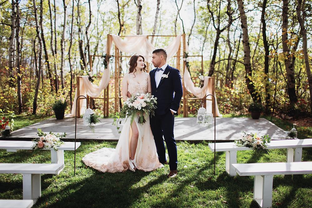 Secret garden themed wedding at Kinloch Grove in Matlock, Manitoba.