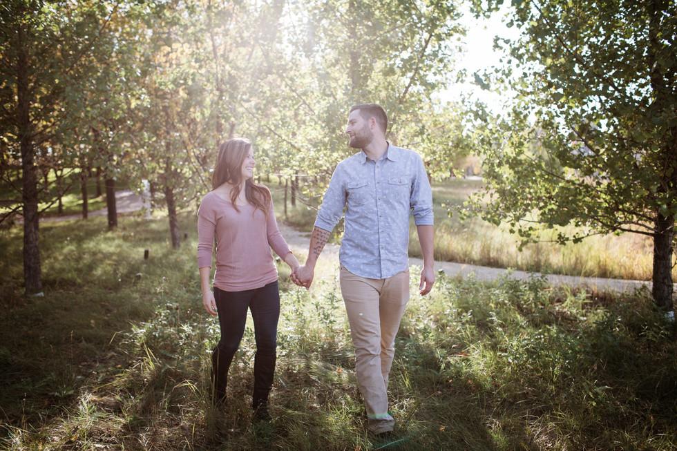 Winnipeg Fall Engagement Photo Session