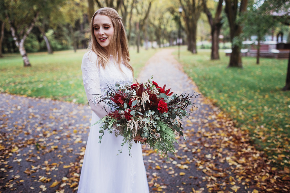 Fall bridal bouquet inspiration. Wedding in Clear Lake, Manitoba.