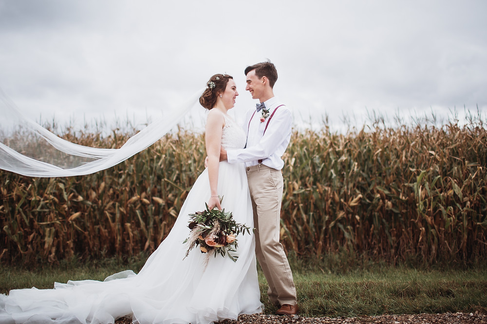 Canadian fall wedding in Southern, Manitoba.