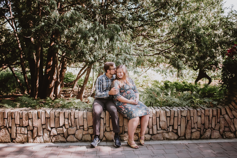 Maternity photo shoot in Winnipeg, Manitoba's English Gardens.