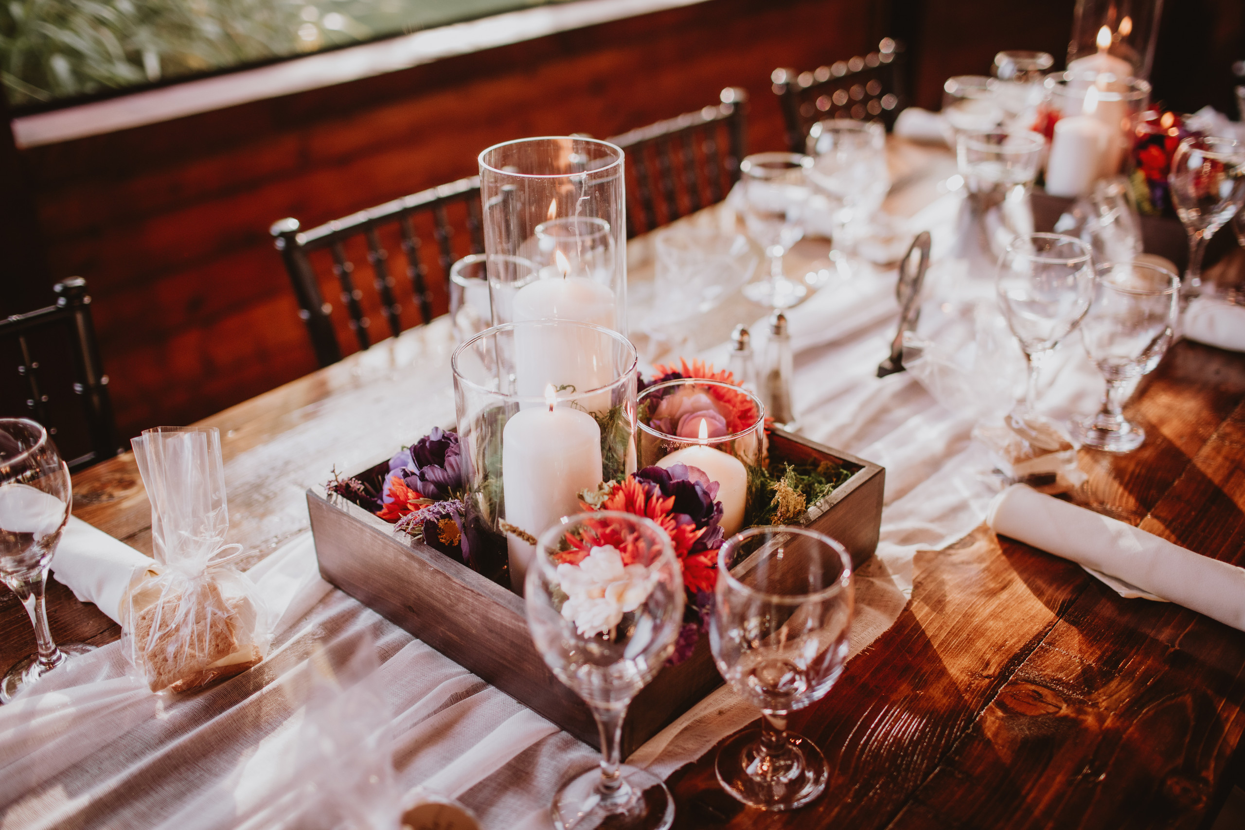 Pillar Candle Centerpiece for fall wedding in Manitoba.