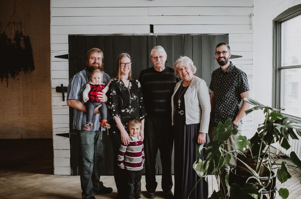 Family Portraits in Northlore Winnipeg