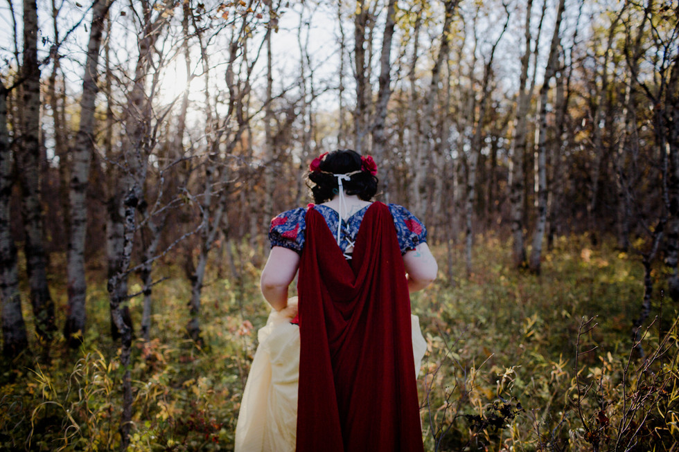 Snow White - Cosplay Photo Session