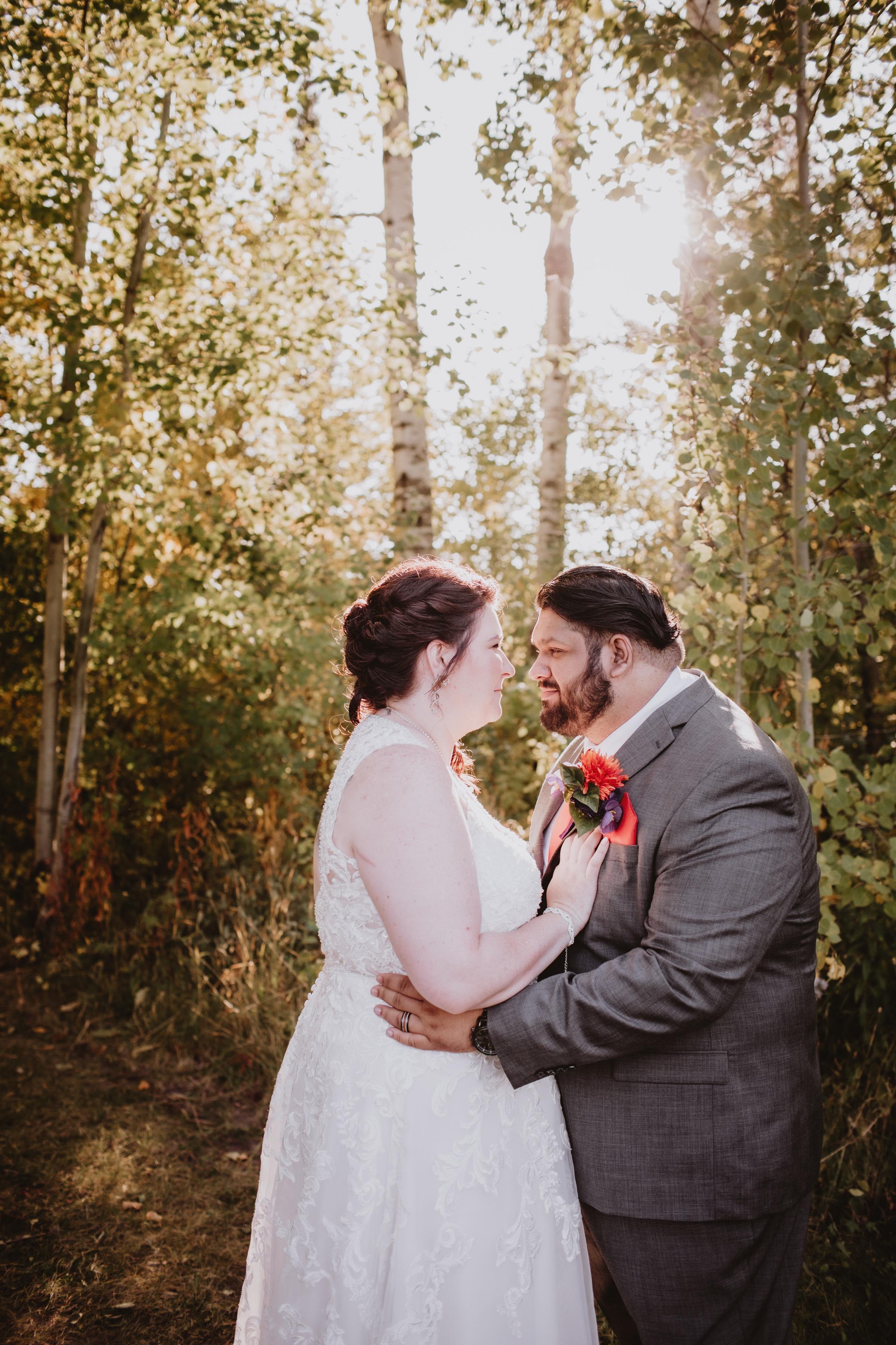 Golden Hour Wedding Photos at Rivers Edge Resort